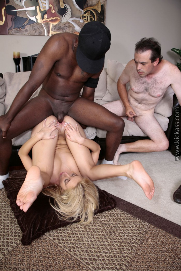 Kelly Wells Cuckold